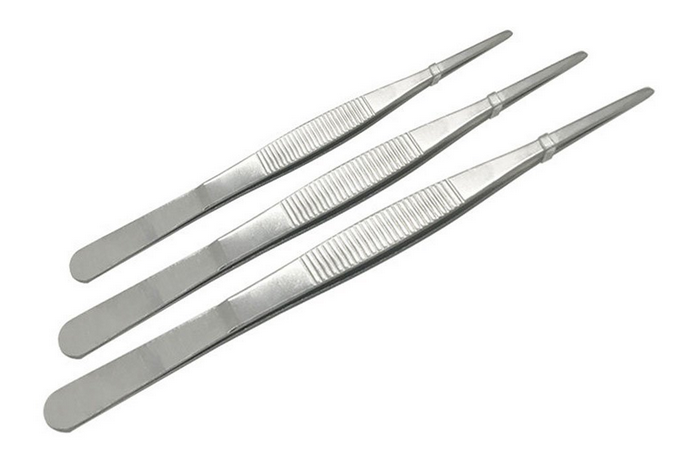 Tweezers, as used by profession food stylists